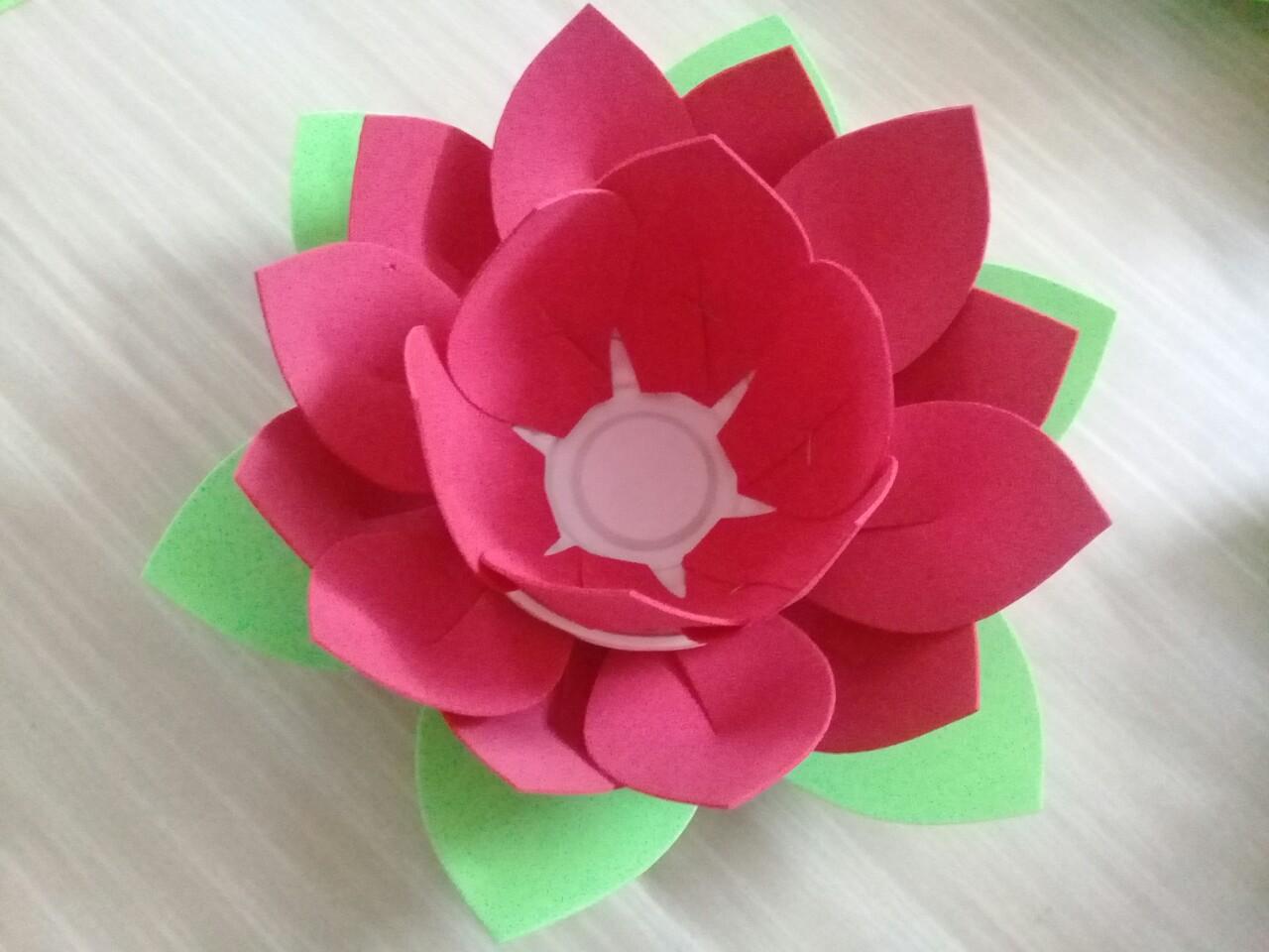 Hoa Đăng 3 lớp 24 cánh với thiết kế dày dặn đẹp mắt